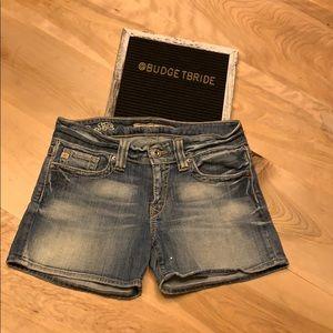 2/$15 Big Star Maddie Fit Mid Rise Jean Shorts